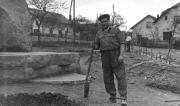 Stavba pomníku OBĚTEM SVĚTOVÝCH VÁLEK LUBOJATY 1961