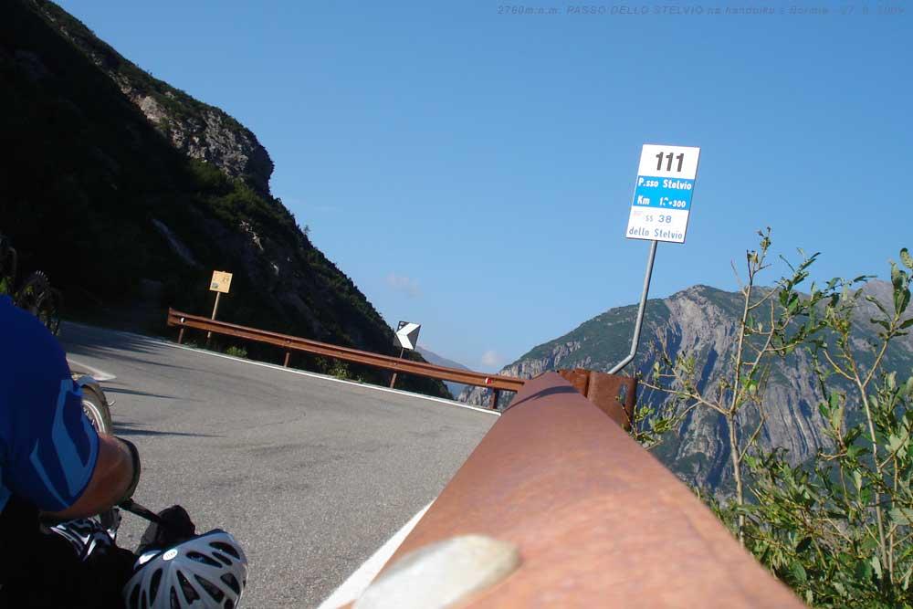 TORNANTI NA PASSO DELLO STELVIO - s handbikem na druhý nejvyšší průsmyk v Evropě 27. 8. 2009