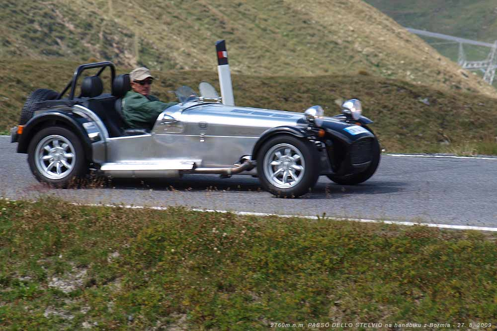 Téměř jako Jean-Paul-Belmondo na silnici z Bormia na PASSO DELLO STELVIO