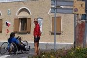 GUARDIA DI FINANZA NA KŘIŽOVATCE V V 11. TORNANTI POD PASSO DELLO STELVIEM 27. 8. 2009