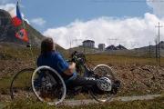 Forever mrzák Olda to pere s handbikem na PASSO DELLO STELVIO 2760m
